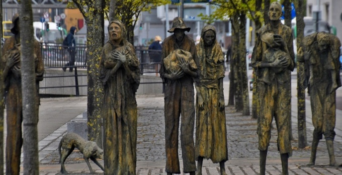 Famine Memorial_web