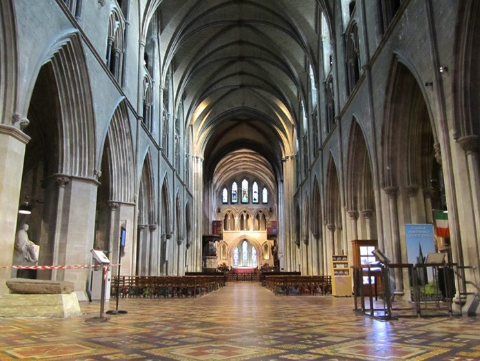Saint Patricks Cathedral, Dublin 05 – Tiered Nave
