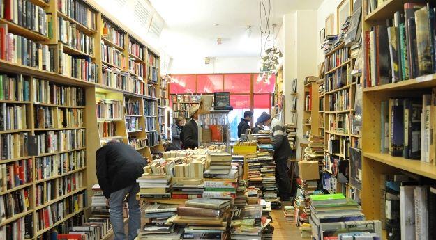 The Last Bookstore_web